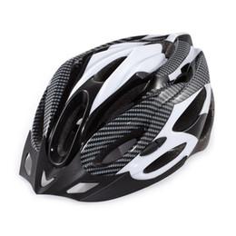 Vente en gros Casque de cyclisme 2018 casque de vélo de vélo de montagne Casques de vélo avec top mousse absorbant l'impact