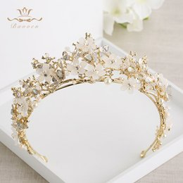 vintage butterfly hair accessories NZ - Bavoen Vintage Great Butterfly Bridals Tiaras Crowns Baroque Gold Brides Hairbands Wedding Hair accessories Prom Jewelry Gifts T200522
