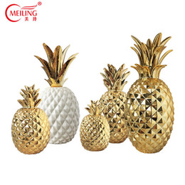 fruit table wedding UK - Luxury Gold Ceramic Pineapple Home Decoration Accessories For Living Room Dining Table Wedding Centerpiece Nordic Fruit Figurine Y19062704