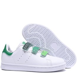 $enCountryForm.capitalKeyWord UK - New 2019 Kids Smith Children Parent-child Casual Shoes For Baby Boy Girl Fashion Stan Sneaker White Multi Running Outdoor Trainer Shoe 22-35