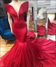 $enCountryForm.capitalKeyWord Australia - Runway Fashion Off Shoulder Prom Dresses 2019 Red Satin Mermaid Evening Gowns Sexy Low Cut Sweep Train Women Formal Party Dress Cheap