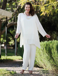 Mother bride suMMer suits online shopping - New White Chiffon Mother Of The Bride Pant Suits With Long Sleeves Wedding Guest Dress Plus Size Cheap Mother Of The Groom Dresses