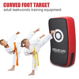 gear curved NZ - Hand Target Curved Foot Target Boxing Sport Fitness Boxing Adult Kid Taekwondo Training protective gear