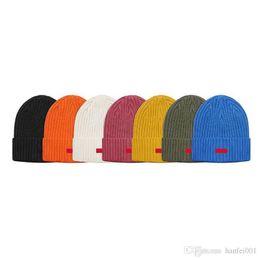 $enCountryForm.capitalKeyWord UK - 18fw Box Logo Small Logo Beanie Cold Cap Knitted Hat Cap Street Travel Fishing Casual Autumn Winter Hat Warm Outdoor Sport Hats Hflsmz048