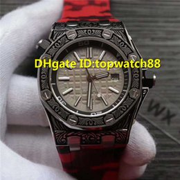 $enCountryForm.capitalKeyWord Australia - WX 2019 New designer watches Swiss Automatic Sapphire Crystal Date Display texture Carve patterns Case camouflage Rubber strap Men Watch