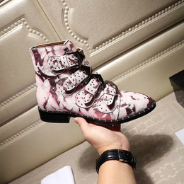 women cloth fashion Australia - Snow boots Australia 2019 Snow Winter Leather girl classic Women classic Maroon pink black gray fashion Wholesale Free shipping ys18112302