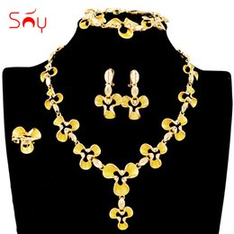 $enCountryForm.capitalKeyWord NZ - Sunny Jewelry Hot Selling Big Bridal Jewelry Set For Women Necklace Earrings Ring Bracelet Flower Findings For Wedding