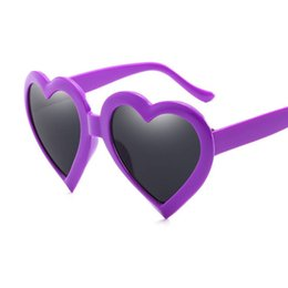 cb873a6a44 2019 Fashion Love Heart Sunglasses Women Cat Eye Vintage Christmas Gift  Black Pink Red Heart Shape Sun Glasses for Women Uv400