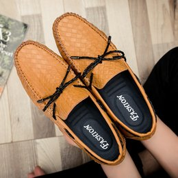 men fashion summer trend shoes 2019 - 2018 New Summer Trend Peas Shoes Men's Fashion Casual Shoes Laced Driving Four Seasons Men's cheap men fashion