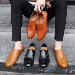 $enCountryForm.capitalKeyWord NZ - 24 styls genuine leather Luxury Designer Casual Shoes lace-up or Slip-On men's suit shoe Dress Shoes breath Driving Car Shoes best qual