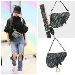 D cells online shopping - Saddle Bag Retro Cell Phone Pouches Vintage Embroidered Handbag Crossbody Bag For Women D Word Horseshoe Buckle Wide Shoulder Strap Bracelet