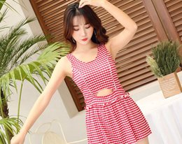 $enCountryForm.capitalKeyWord NZ - Japanese hot selling good red blue black students very popular fashion ladies plaid body swimsuit little fresh girl student swimsuit