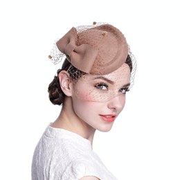 ccb6391f Vintage Classic French Beret Hat Wool Bridal Hat Beanie Cap Fascinator Retro  Cocktail Cap Party Wedding Bow Veil
