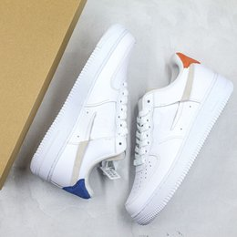 Wholesale 2019 New Forceing Broken Off Logo Skatboard Shoes Red Blue Mandarin Duck Basketball Shoes Fur Leather Stitching Designer Size35