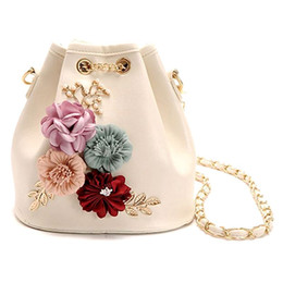 Small Flower Decals Australia - Handmade Flowers Bucket Bags Mini Shoulder Bags With Chain Drawstring Small Cross Body Pearl Leaves Decals