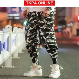 camo trousers men NZ - Hip Hop Cargo Pants Men Camo Joggers 2020 Overalls Mens Japanese Steetwear Sweat Pants Loose Track Baggy Trousers