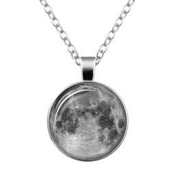 $enCountryForm.capitalKeyWord UK - Glow in the dark Luminous Galaxy Universe moon Necklace Star Moon Glass Cabochon Necklaces Pendants Fashion Jewelry many style 10pcs