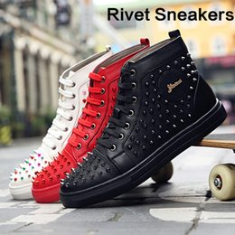 $enCountryForm.capitalKeyWord NZ - Mens Rivet Leather Sneakers Stylish Studded High Top Party Shoes Ankle Flat Silver Black Red Metal Spikes Flats Dress Shoes