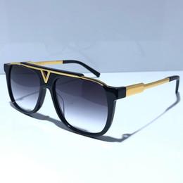 Venta al por mayor de MASCOTA 0937 clásico de oro brillante populares gafas de sol retro verano unisex Estilo UV400 gafas vienen con la caja gafas de sol 0936