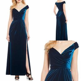 40adb10c3a5 Elegant Winter Velvet Bridesmaid Dresses Off Shoulder Split Ankle Length  Maid Of Honor Dress Formal Party Gowns Plus Size