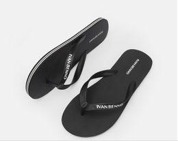 Models Flip Flops NZ - 2019 explosion models solid color flip flops men fashion trend summer beach shoes non-slip flat rubber slippers wholesale