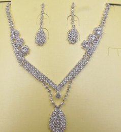 $enCountryForm.capitalKeyWord Canada - wonderful low price high quality diamond crystal lady's necklace earings set 6.9rtre