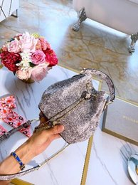 pvc powder Australia - New limited edition bucket bag, water snake skin pattern, imported peach powder size: 16* 19 *11CM
