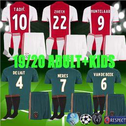 Vente en gros Champions League 19 20 enfants adultes Ajax Soccer Jerseys 2019 2019 hommes enfant kit de football TADIC DE JONG DE LIGT DOLBERG ZIYEC