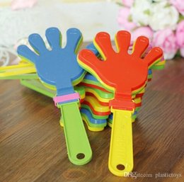 $enCountryForm.capitalKeyWord Australia - Child toys 19cm concert props small clap hand beat plastic toy palm pat clap clap applause atmosphere manufacturing wholesale