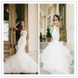 $enCountryForm.capitalKeyWord Australia - Chic Lace Mermaid Wedding Dresses Strapless Neckline Appliques Trumpet Bridal Gowns Sweep Train Lace-up Back Tiered Country Wedding Dress