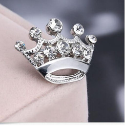 $enCountryForm.capitalKeyWord Australia - New Female Designer with Diamond Crown Brooch Clothes, Small Needle Gold-plated Silver-plated Clothing Accessories Mini Crown Brooch Ornamen
