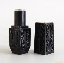 $enCountryForm.capitalKeyWord Australia - 200PCS Black Color Lace Model Lipstick Tube Hollow Retro design Lipstick Packing Tube Black Lip Balm Tube 12.1MM #211
