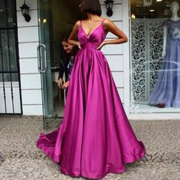 Sexy Picture Style NZ - Sexy Fuchsia Evening Dress 2019 V Neck Satin Evening Gowns Long Empire Formal Evening Styles Train Novia Prom Gown abendkleider