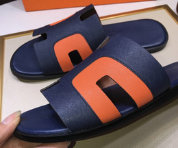 $enCountryForm.capitalKeyWord NZ - Brand Design men cow leather flat slippers Summer Outdoor Sports Beach sandals fashion soft leather Cool Sandals casual Moccasins,38-44
