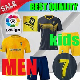 Venta al por mayor de 2019 Cadiz black child soccer jerseys 19 20 Cadiz CF Garrido home men shorts camisetas de fútbol Fernandez 2020 yellow kids Carmona shirt