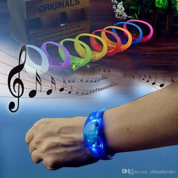 $enCountryForm.capitalKeyWord Australia - For Party Music Controlled LED Flash Armband Light Up Bracelet 9 Colors Music Activated Glow Flash Bangle For Party Festival Concert Gift