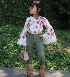 $enCountryForm.capitalKeyWord NZ - August New arrival 2PCS Infant Kids Baby Girl Floral Dress Top+Denim Pants Jeans Clothes Outfit Floral Print fLARE Sleeve Blouse