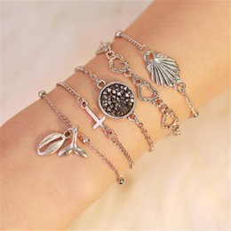 Wholesale 10Sets set Beach Shell Multilayers Chain Bracelet Hollow Heart Conch Fish Tail Multi element Charm Bracelets Boho Fashion Jewelry