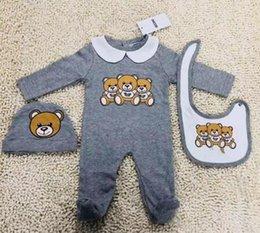 Nouveau mode bébé vêtements mis mignon nouveau-né bébé garçons lettre barboteuse bébé fille bavoirs Cap tenues ensemble en Solde
