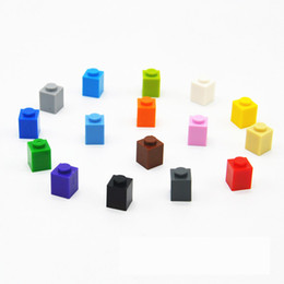 building blocks base Australia - Scientific and Educational Accessories for 232PCS Bulk Base Parts with 1 Hole of Domestic Small Particle Building Blocks High Bricks