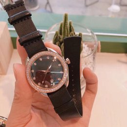 $enCountryForm.capitalKeyWord Australia - 2019 hot Classic luxury ladies diamond watch seahorse series white mother-of-pearl watch dial ladies diamond-encrusted watch