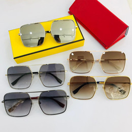$enCountryForm.capitalKeyWord Australia - 0029 Women Fashion Sunglass with Stamp Square Full Frame UV Protection Lens Luxury Sunglasses Come with Box Top Quality