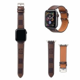 replacement leather strap Canada - Designer Apple Watch Straps 38 40 42 44mm Genuine Leather Replacement Bands Unisex Fashion Luxury with Pattern Applicable to iWatch Series