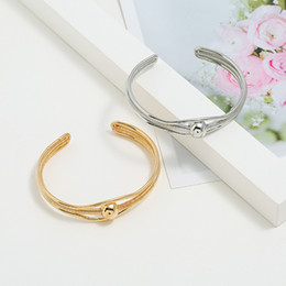 Ball Bangles Australia - Men and Women Bangles 2019 New Fashion Bangles Trend Metal Creative Round Ball Gold Alloy Wedding Party Gift Jewelry