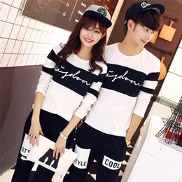 Long chiffon kimono online shopping - 2018 lovers with autumn black and white long sleeved t shirt lovers class clothing printing women s shirts long sleeved one generation