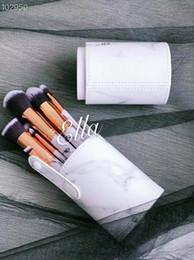 $enCountryForm.capitalKeyWord Australia - new Makeup Brand Look In A Box Basic Brush 10pcs set brushes set with Big Lipstick Shape Holder Makeup TOOLS good item