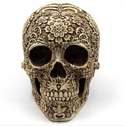 party decoration plates UK - Mai Meng Hua Yan Skull Resin Decoration Halloween Spoof Props Foreign Trade Europe and America Horror Retro Face Decoration