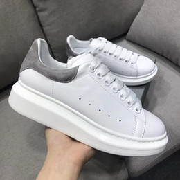Designer Leather Canada - White Casual Shoes Lace Up Designer Shoes Pretty Girl Women Sneakers Casual Leather Shoes Men Womens Sneakers Extremely Durable Stability