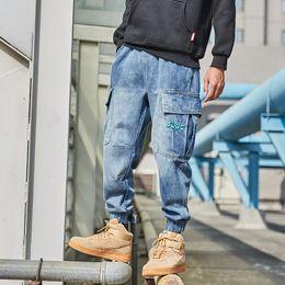 $enCountryForm.capitalKeyWord Australia - Fashion Streetwear Men Jeans Loose Fit Retro Blue Big Pocket Denim Cargo Pants Embroidery Slack Bottom Hip Hop Jeans Men Joggers