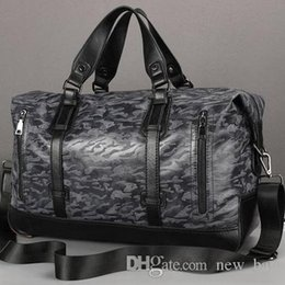 Leather Sport Bags Men Australia - Manufacturers selling brand new fashion leisure men leather bag luggage waterproof wear trend of large capacity of men travel bag handbag